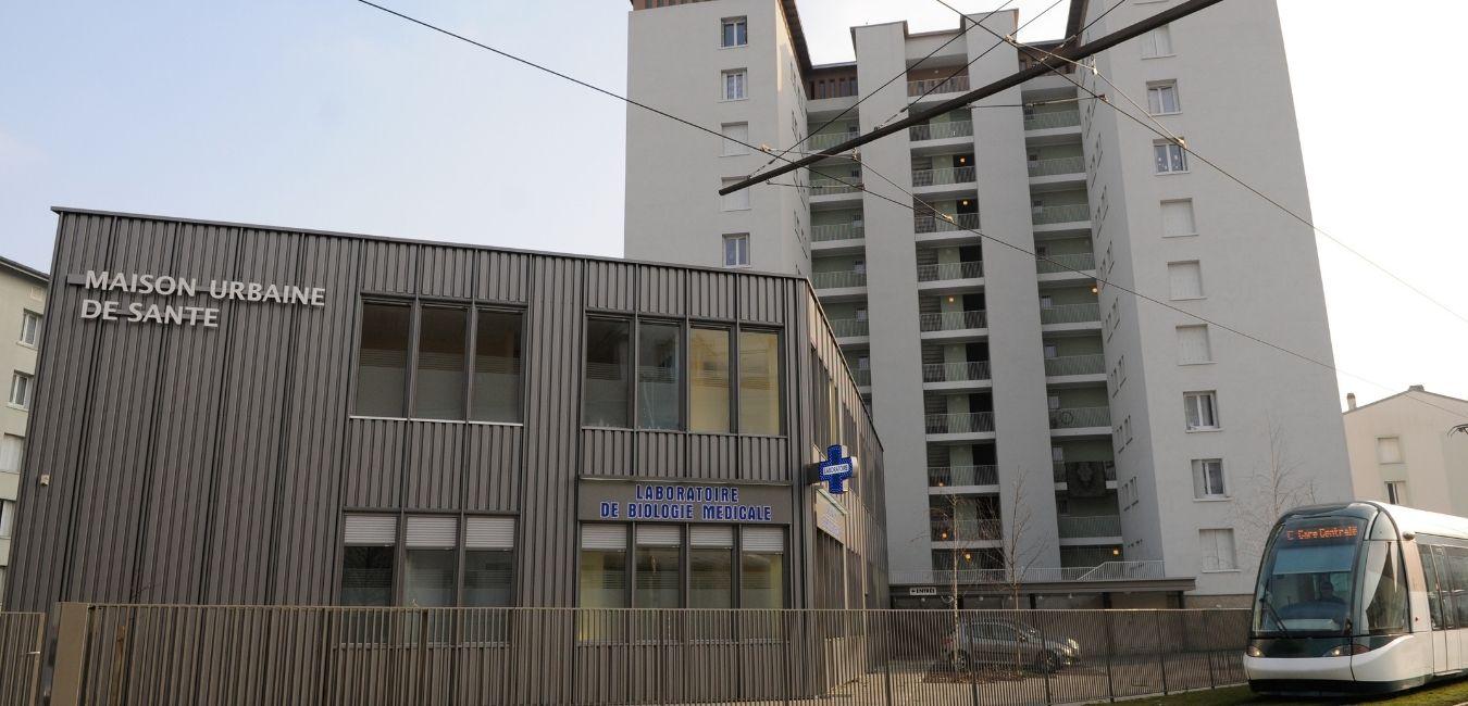 Développement au Neuhof et création à Hautepierre et au Port du Rhin de Maisons Urbaines de Santé dans des locaux Ophéa pour participer au maintien de services de santé au cœur des quartiers d'habitat social.